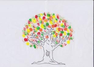 Coloriage Arbre Dautomne Maternelle.Automne A La Maternelle