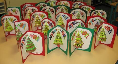 Réaliser une carte pop up sur le thème de Noël