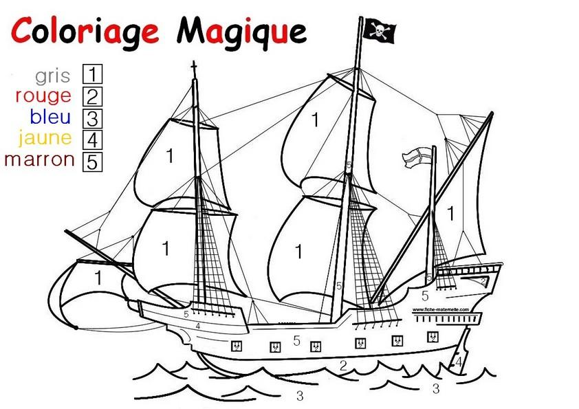 Coloriage magique pour les plus petits une auto - Coloriage bateau de pirate ...