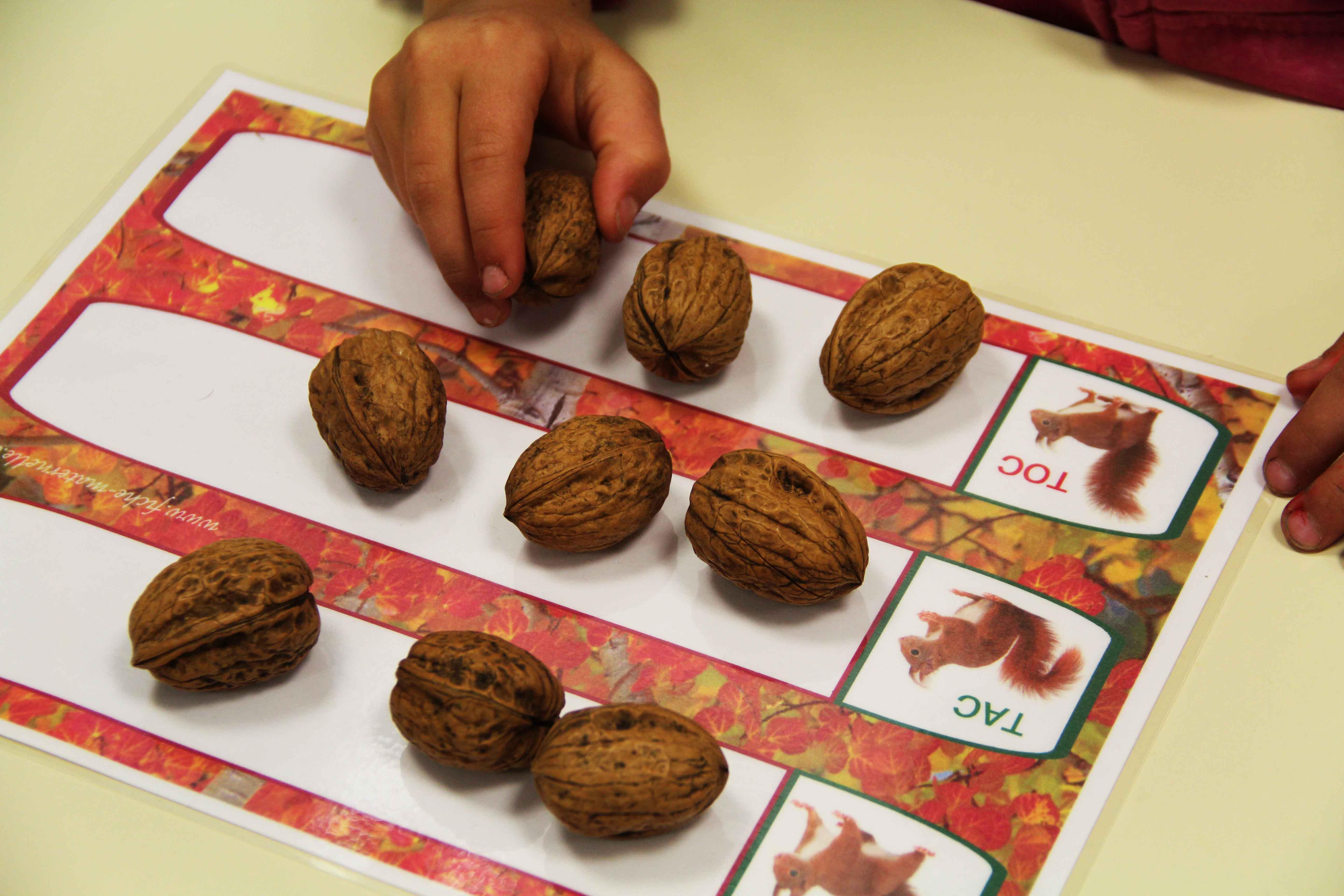 Jeu de math matiques sur le th me de l 39 automne - Fruits automne maternelle ...
